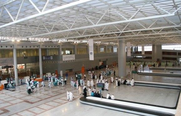 مطار الملك عبدالعزيز بجدة ينفذ مشروع إفطار صائم لأكثر من 300 ألف مسافر