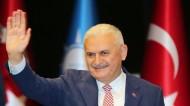 """""""يلدريم"""" يعد تحول تركيا للنظام الرئاسي من أولويات حكومته"""