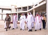 أمير منطقة القصيم يقف على حادث انهيار مركز المؤتمرات بجامعة القصيم