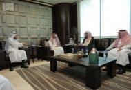 وزير العمل يلتقي رئيس الهيئة العامة للولاية على أموال القاصرين
