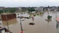 ارتفاع حصيلة ضحايا الفيضانات الموسمية في باكستان إلى 151 حالة وفاة
