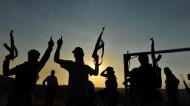 """أمريكا تنفذ أول غارة أمريكية ضد """"داعش"""" قرب بغداد"""