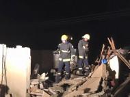 مدني أبو عريش يباشر حادث انفجار ناتج عن تسرب غاز تسبب في انهيار سقف مطبخ