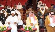 """محافظ الطائف يدشن ندوة """"الآفاق الاقتصادية والاجتماعية للسياحة في الوطن العربي"""""""