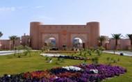 """تنظيم معرض """" نساءٌ أَثّرْنَ في التاريخ """" بجامعة الملك فيصل"""