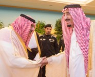 خادم الحرمين الشريفين يصل إلى مكة المكرمة لقضاء ما تبقى من شهر رمضان بجوار بيت الله الحرام