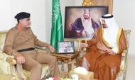 أمير منطقة نجران يكرم قائد القوات الخاصة لأمن الطرق للسلامة