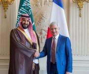 سمو ولي ولي العهد يلتقي رئيس الجمعية الوطنية الفرنسية