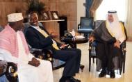 الأمير خالد الفيصل يستقبل السفير الكيني والقنصل الألماني