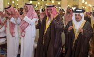سمو ولي العهد يؤدي صلاة الميت على الأمير ناصر بن سلطان بن ناصر وعبدالله بن مترك الدوسري