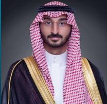 نائب أمير مكة المكرمة ينقل تعازي القيادة لذوي الشهيد الزبيدي