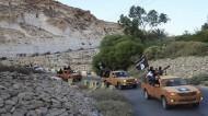 """مجلس درنة بليبيا يعدم 6 من قادة """"داعش"""""""