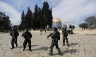 اسرائيل تغلق الحرم القدسي الشريف بعد اطلاق الرصاص على ناشط يميني