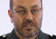 وزير الدفاع: إيران تحدث صواريخها وتحصل على نظام دفاع روسي