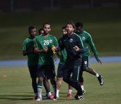 الأخضر يواصل برنامجه التدريبي استعدادا للعراق