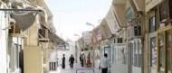 بلدية القطيف تُزيل سوق اللحوم القديم وتحوله لموقع استثماري