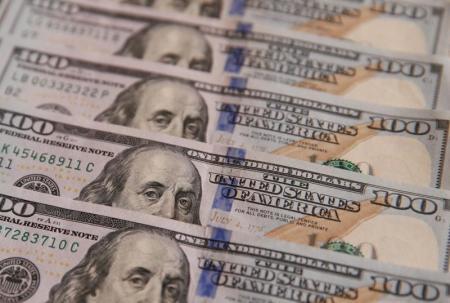 الدولار يتراجع مقابل الين بفعل سجال الإصلاح الضريبي الأمريكي