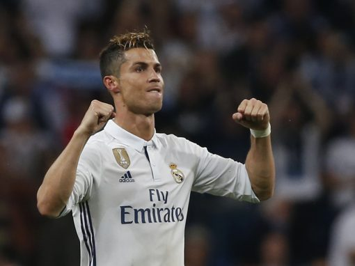 رونالدو يفوز بجائزة الفيفا لأفضل لاعب في العالم