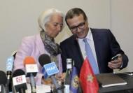 وزير:المغرب يحتاج إقتراض 2.8 مليار دولار من الخارج في 2015