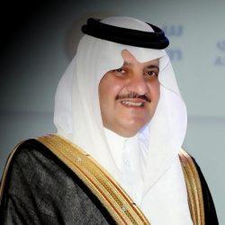 نائب أمير منطقة الرياض ينقل تعازي القيادة لأسرة الشهيد العتيبي