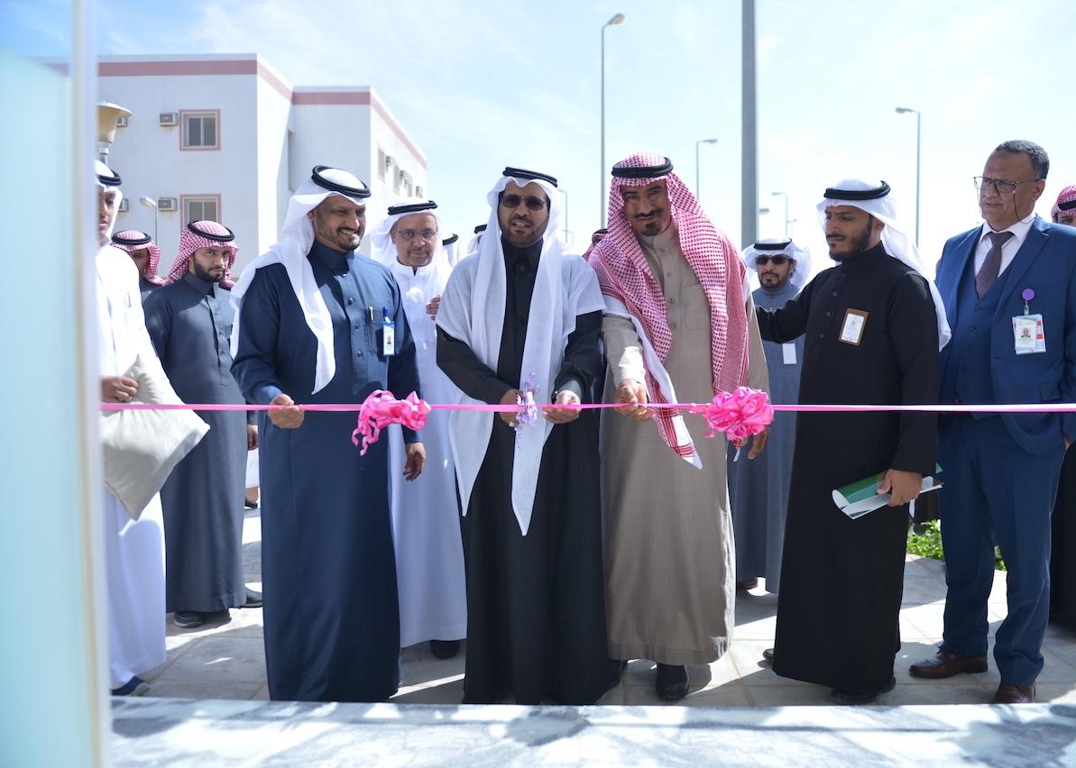 تدشين ثلاث مشاريع تطويرية بمستشفى البدائع العام