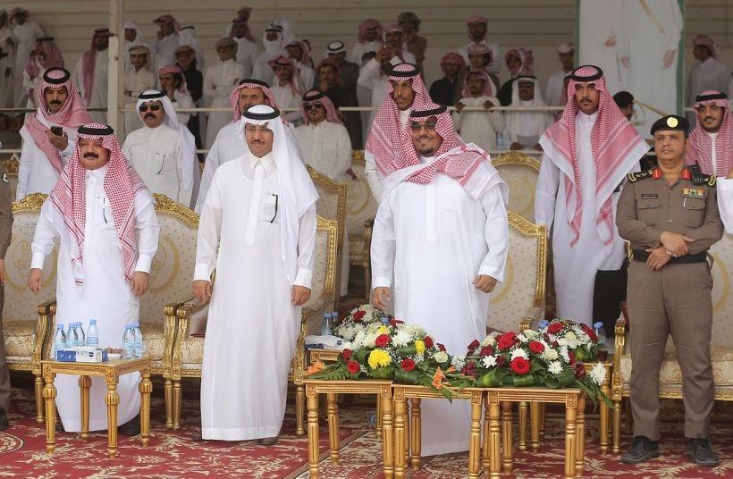 نائب أمير نجران يتفقد ميدان الهجن والفروسية بالمنطقة
