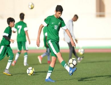 المنتخب الوطني تحت 14 عامًا يفتتح معسكره الإعدادي في مدينة الخبر