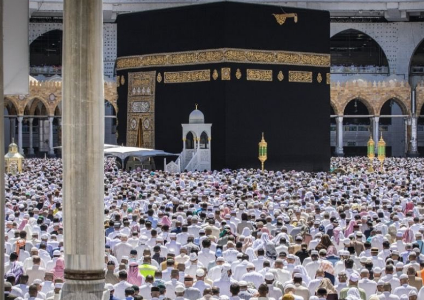 اقامة صلاة الغائب على شهداء الهجوم الإرهابي في نيوزيلندا في المسجد الحرام والمسجد النبوي