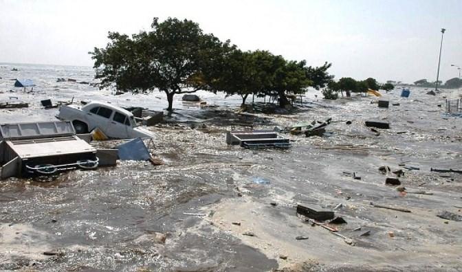 إندونيسيا: ارتفاع حصيلة ضحايا الفيضانات في إقليم بابوا إلى 79 قتيلا