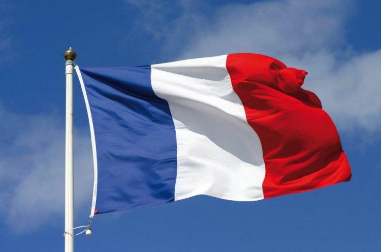 باريس تنفى دعمها لقوات حفتر