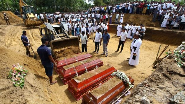 ارتفاع عدد ضحايا تفجيرات سريلانكا إلى 359 قتيلاً