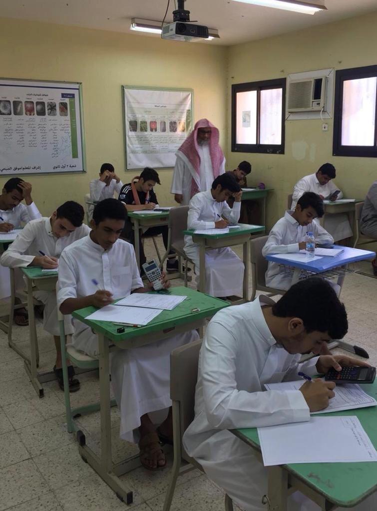 2.7 مليون طالب وطالبة يؤدون الاختبارات النهائية للعام الدراسي الحالي