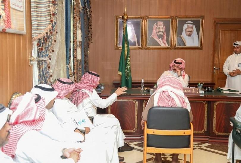 أمير عسير يعلن موعد الإنتهاء من مشروع المياه المحلاة بمحافظة محايل